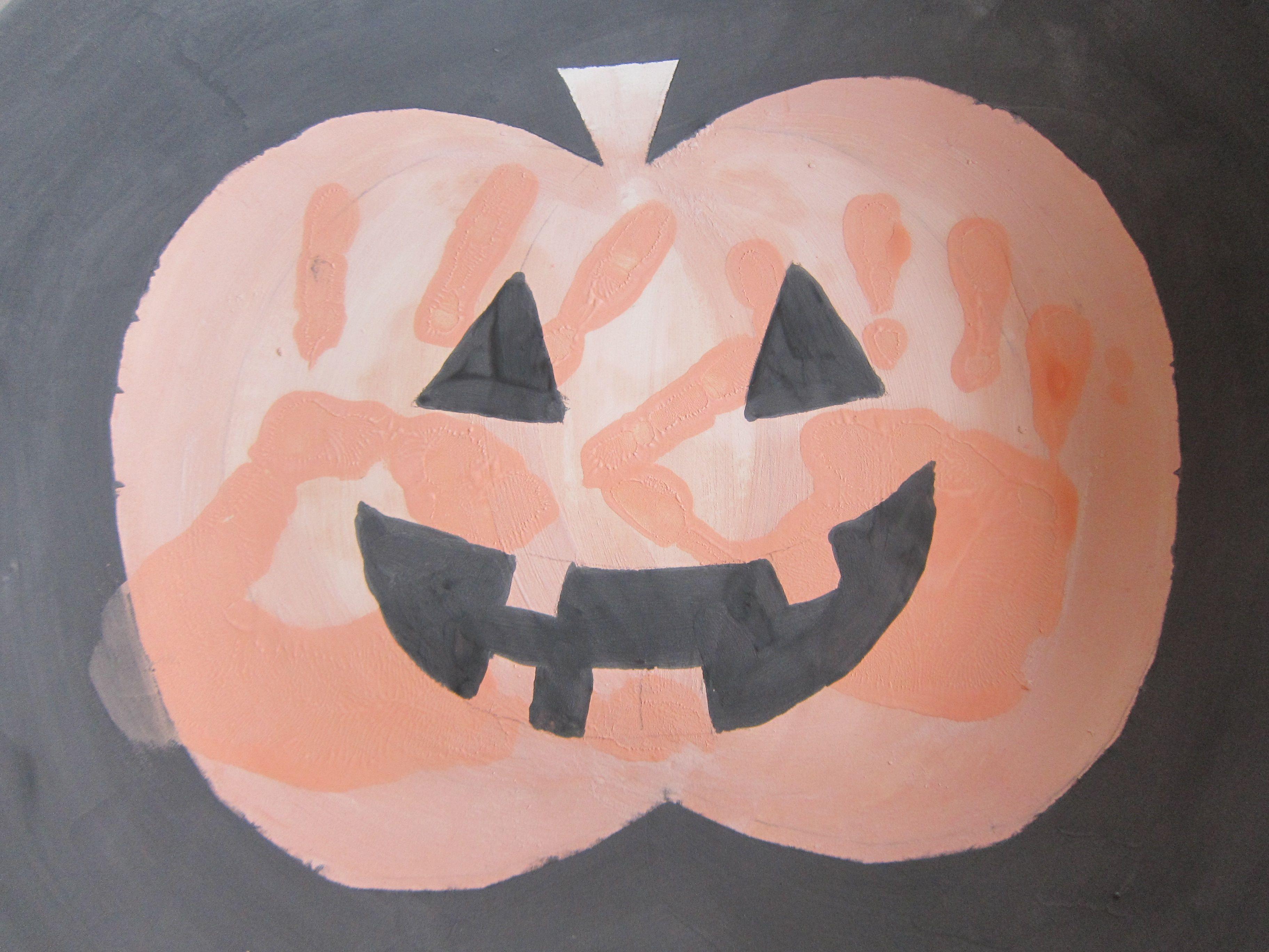 HalloweenCandyBowl09